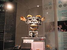 220px-Kismet_robot_at_MIT_Museum